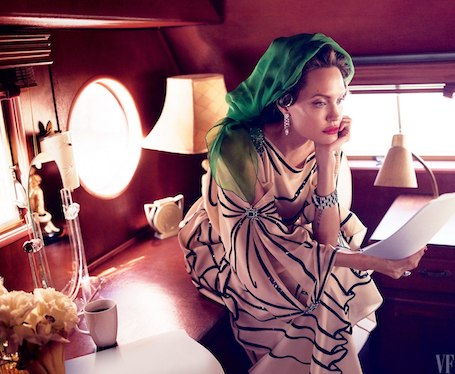 Vanity Fair подтвердил, что Джоли сама поведала о жестоком отборе для своего фильма