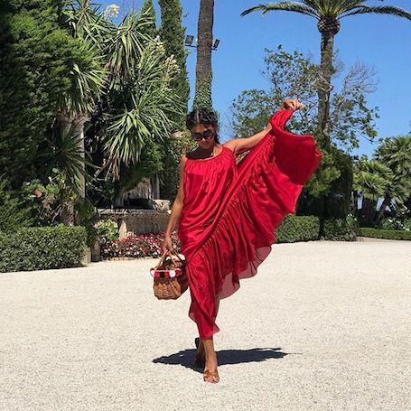 Знойная красота: Санта Димопулос в бикини похвасталась обновленной фигурой! Фото