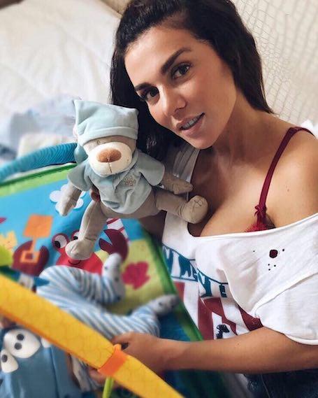 Анна Седокова показала, как быстро подрос ее маленький сын Гектор. Фото