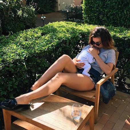 Пополнение в семье: Анна Седокова похвасталась четвертой дочерью! Фото
