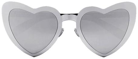 Стиль Лолиты: Saint Laurent вернул в моду очки-сердце. Фото
