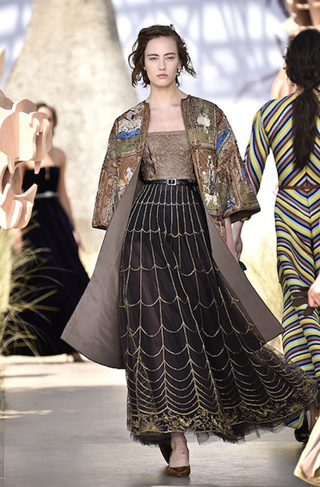 Показ Dior Haute Couture — модное путешествие в мир элегантности. Фото