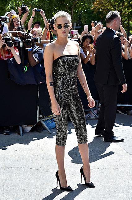 Кристен Стюарт еще сильнее похудела для показа Chanel Couture. Фото