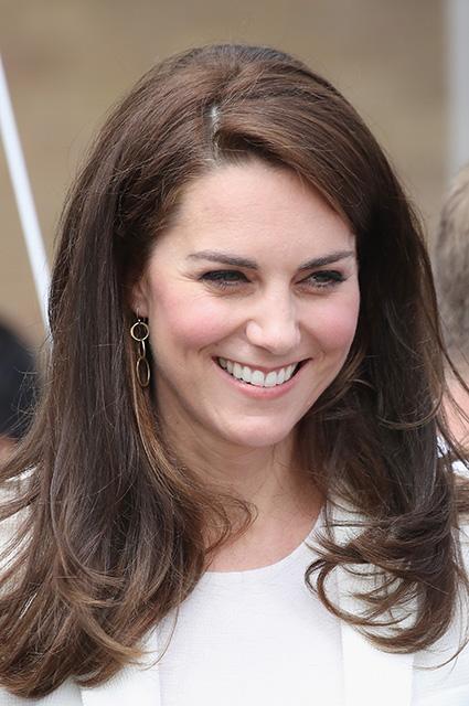 Кейт Миддлтон показала восхитительный наряд от демократичной марки. Фото