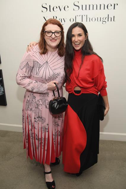 54-летняя Деми Мур в смелом платье затмила на вечеринке свою 20-летнюю дочь! Фото