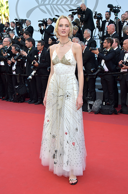 Белое серебро - главный цвет Каннского кинофестиваля 2017. Фото