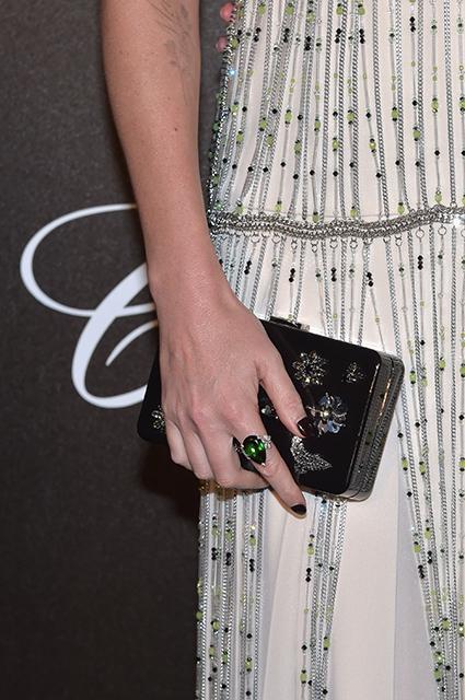 Шарлиз Терон на вечере Chopard блистала в винтажном платье в стиле 20-х. Фото