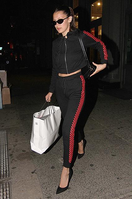Два остро модных образа Беллы Хадид для вечерних прогулок по Нью-Йорку. Фото