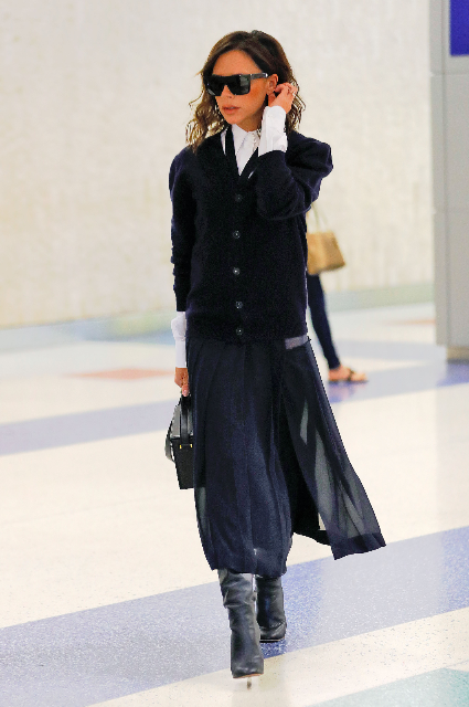 Виктория Бекхэм показала модный образ в стиле преппи для Нью-Йорка. Фото
