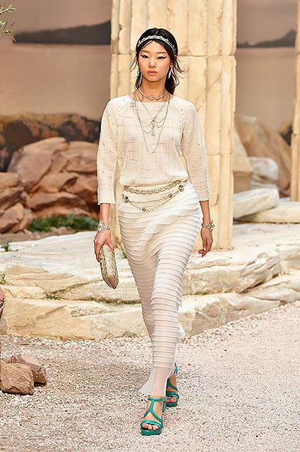 Chanel Resort 2018: модное путешествие в Древнюю Грецию. Фото