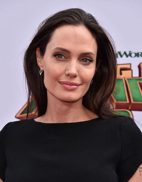 Анджелина Джоли и английский миллиардер планируют усыновить ребенка!