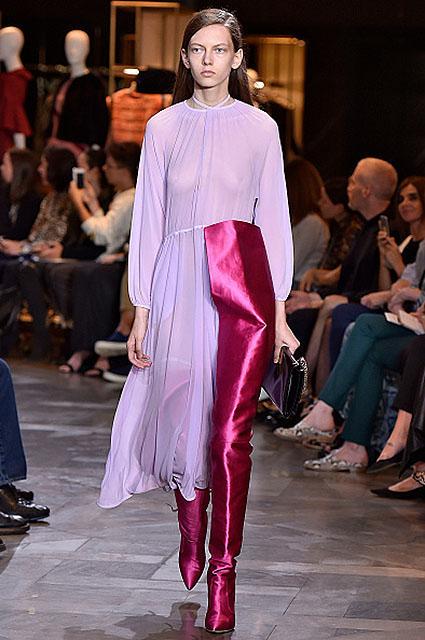 Летний, пикантный, модный: тренд на прозрачность. Фото