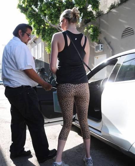 Кейт Аптон без макияжа и правильной одежды просто неузнаваема! Фото