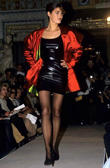 Вернуть в строй: 15 предметов одежды из моды 90-х. Фото