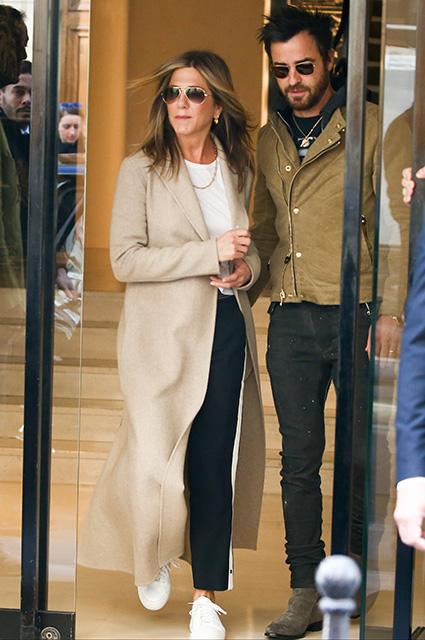 Дженнифер Энистон и Джастин Теру покоряют Париж своим стилем. Фото