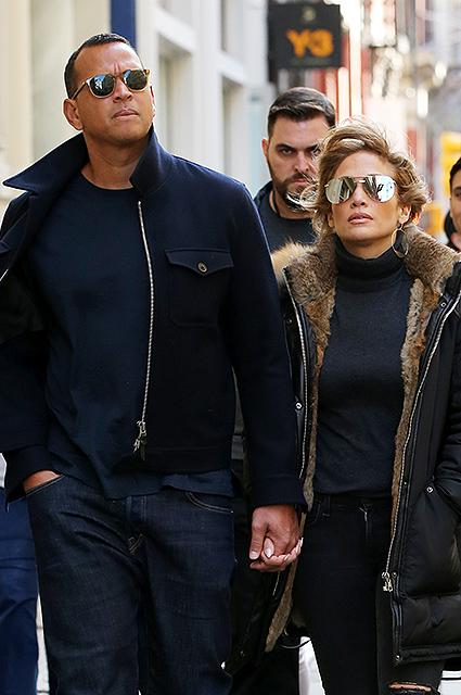 Дженнифер Лопес и Алекс Родригес открыто наслаждаются любовью в Нью-Йорке!