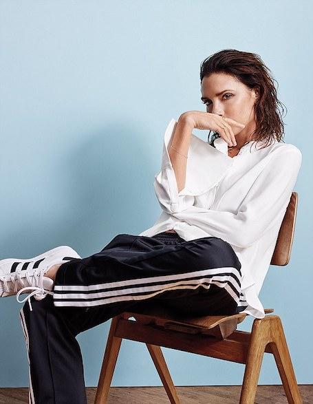 Виктория Бекхэм в образе идеальной женщины снялась в фотосессии для глянца. Фото