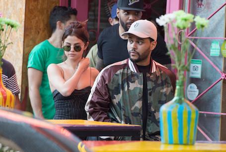 Свадьбе быть: Селена Гомес выходит замуж за The Weeknd! Фото