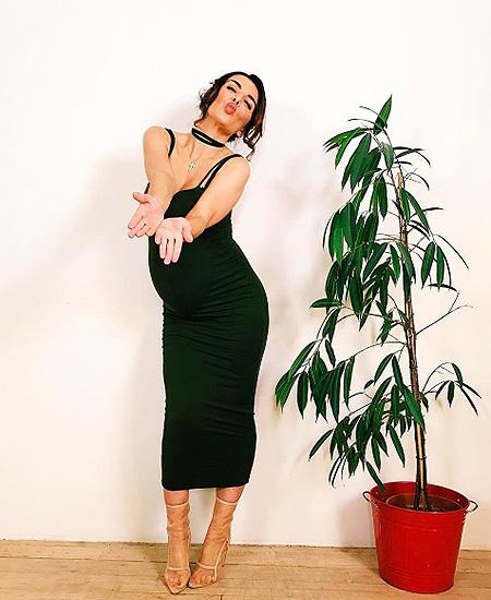 Беременная Анна Седокова намекнула, что скоро выйдет замуж! Фото