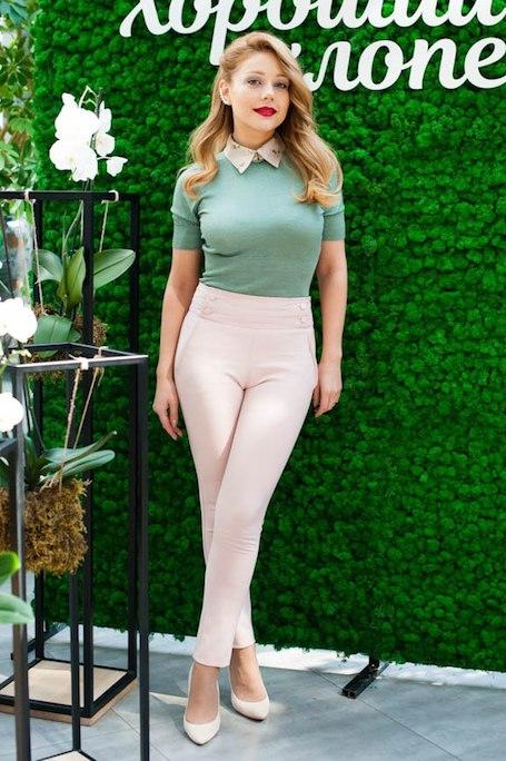 Красавица Тина Кароль покоряет по-весеннему романтичным нарядом! Фото
