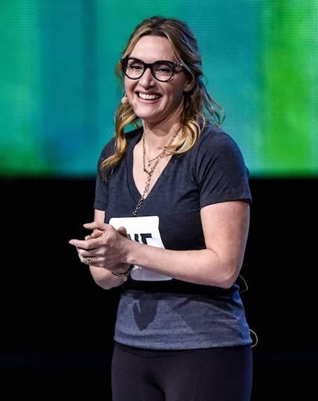 Кейт Уинслет в лосинах и обтягивающей футболке показала недостатки фигуры. Фото