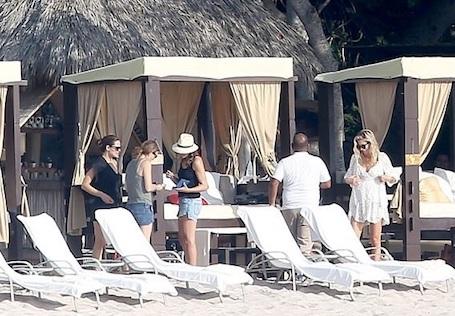 Дженнифер Гарнер укатила в Мексику, а Аффлека отправила лечиться от алкоголизма! Фото