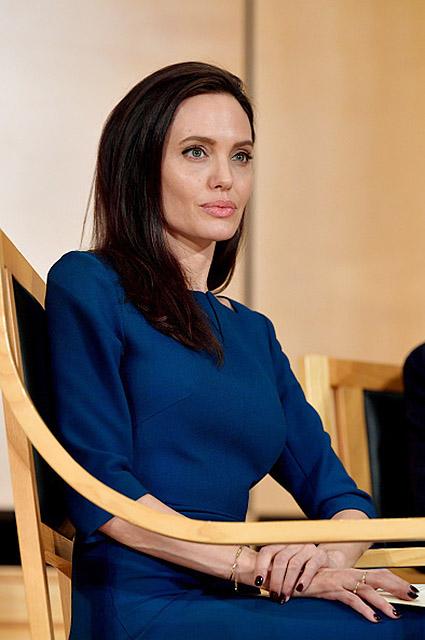Анджелина Джоли выходит замуж за английского филантропа! Фото