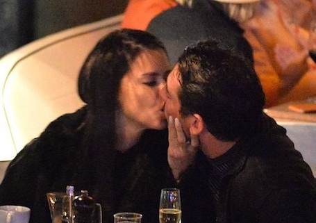 35-летнюю Адриану Лима застукали за поцелуями с 27-летним спортсменом! Фото