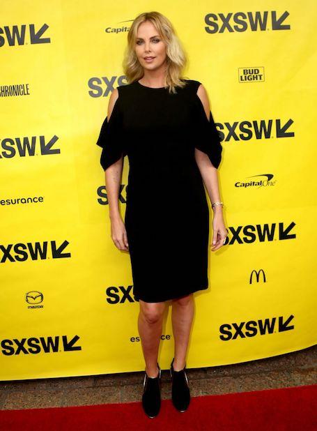 Новый имидж звезды: Шарлиз Терон в модном платье Givenchy. Фото
