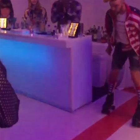 Джастин Тимберлейк устроил Джессике Бил свидание на роликовых коньках! Фото
