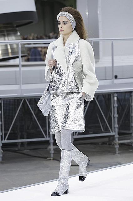 Неделя моды в Париже: черно-белый мир в исполнении Chanel. Фото