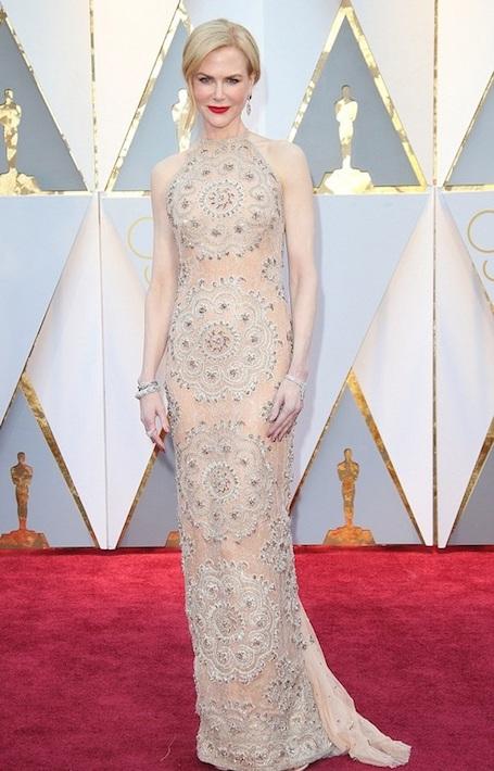 Правильно хлопать Николь Кидман на Оскаре 2017 помешали бриллианты! Фото