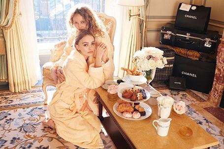 Лили-Роуз Депп и Ванесса Паради впервые снялись в совместном фотосете! Фото