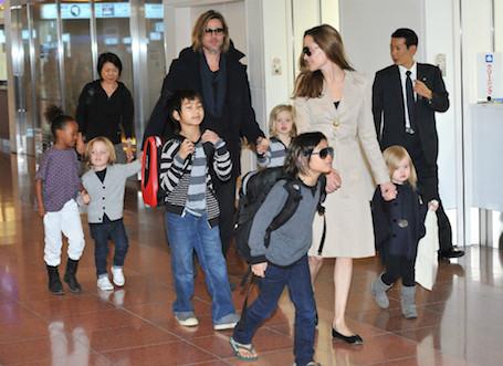 Анджелина Джоли решила пойти на уступки Брэду Питту в вопросе с детьми