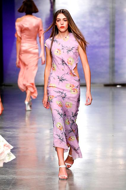 Модный дебют: дочь Сильвестра Сталлоне стала звездой Недели моды в Лондоне! Фото