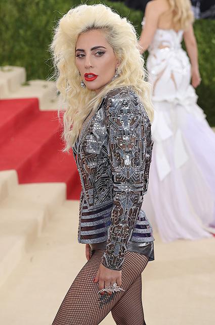 Леди Гага закрутила любовную интрижку с собственным агентом. Фото