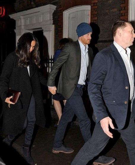 Принц Гарри надумал жениться: Меган Майкл показала обручальное кольцо! Фото