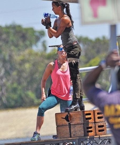 Не канон: Алисия Викандер в роли Лары Крофт разочаровала фанатов. Фото