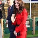 Похудевшая Кейт Миддлтон примерила свой любимый красный костюм! Фото