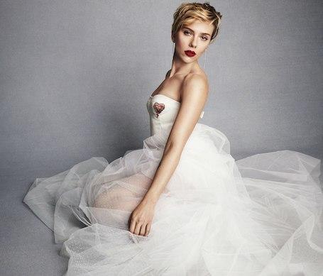 Скарлетт Йоханссон примерила свадебное платье сразу после развода со вторым мужем! Фото