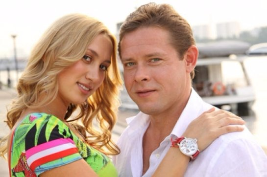 У известного российского хоккеиста Павла Бюре родилась дочка