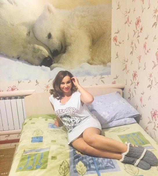 Анфиса Чехова удивила домашним снимком