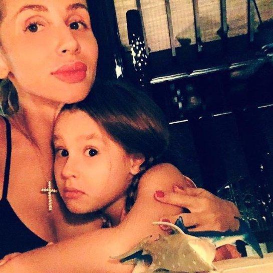 Светлана Лобода поделилась трогательным фото с дочкой