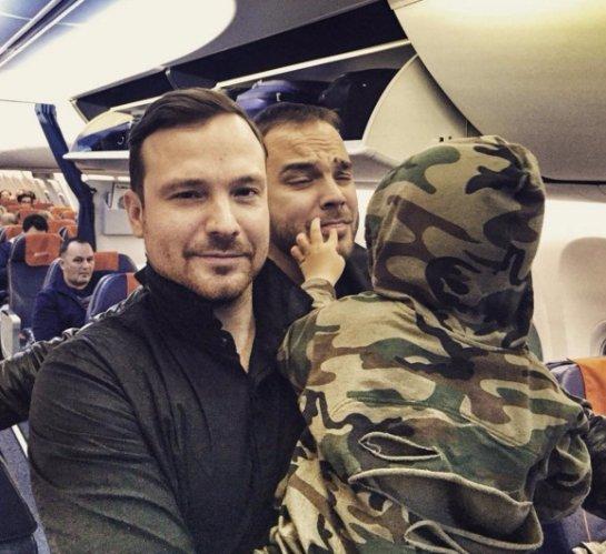 Алексей Чадов показал совместное фото с сыном