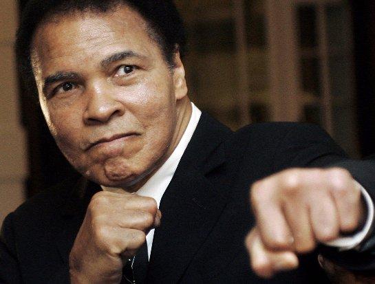 Не стало легендарного Мохаммеда Али