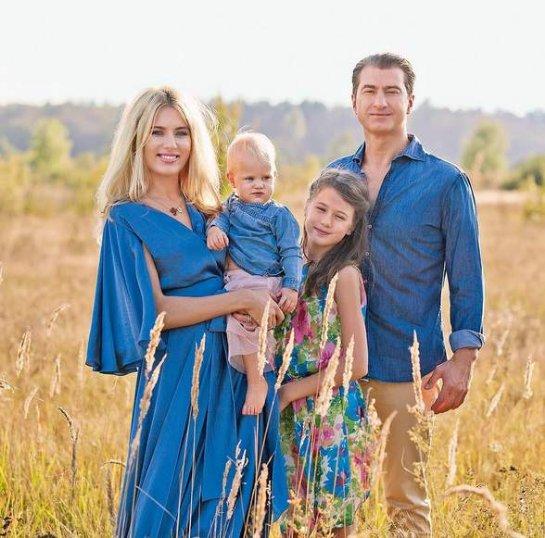 Ольга Горбачева опубликовала красивую семейную фотографию