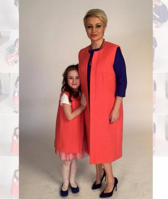Катя Лель снялась в фотосессии вместе с дочкой Эмилией
