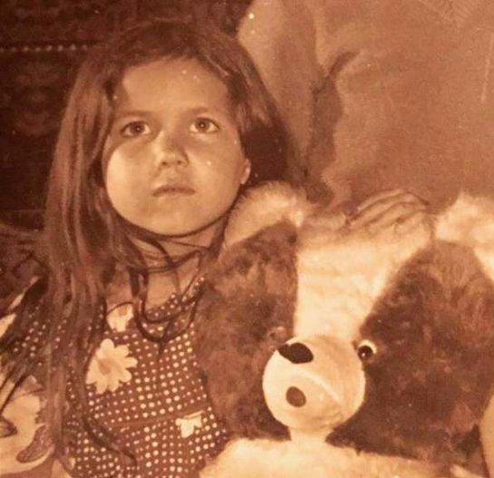 Екатерина Климова показала своё детское фото