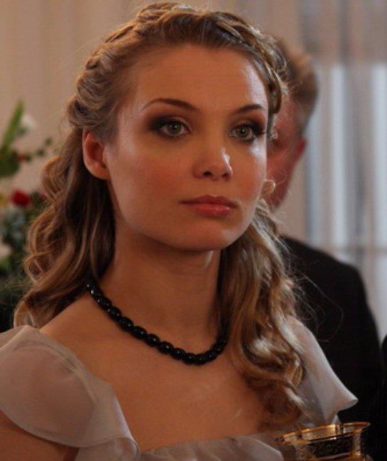 Татьяна Арнтгольц не одобряет общение бывшего мужа с дочерью