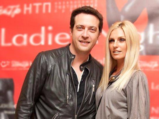 Саша Савельева поддержала мужа, который уехал на гастроли в Германию